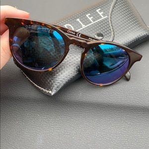 DIFF Polarized Tortoise frame sunglasses